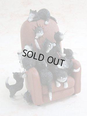 画像1: 【アルベール・チュブー】猫の置き物(Save Me a Seat)